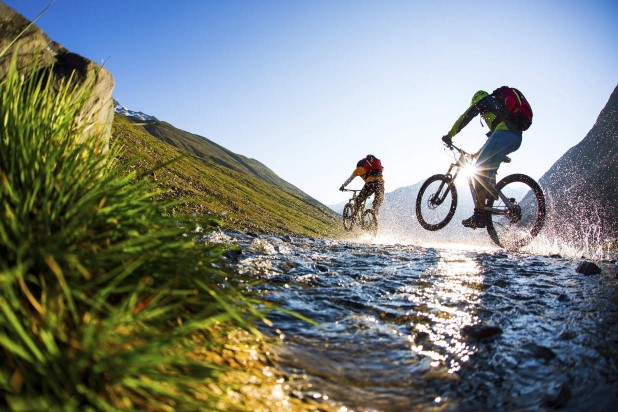 Summer in Sölden mountainbiking water mountains biker