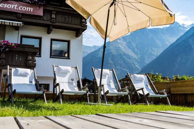 Summer holidays Sölden garden sun chairs balcony apartments