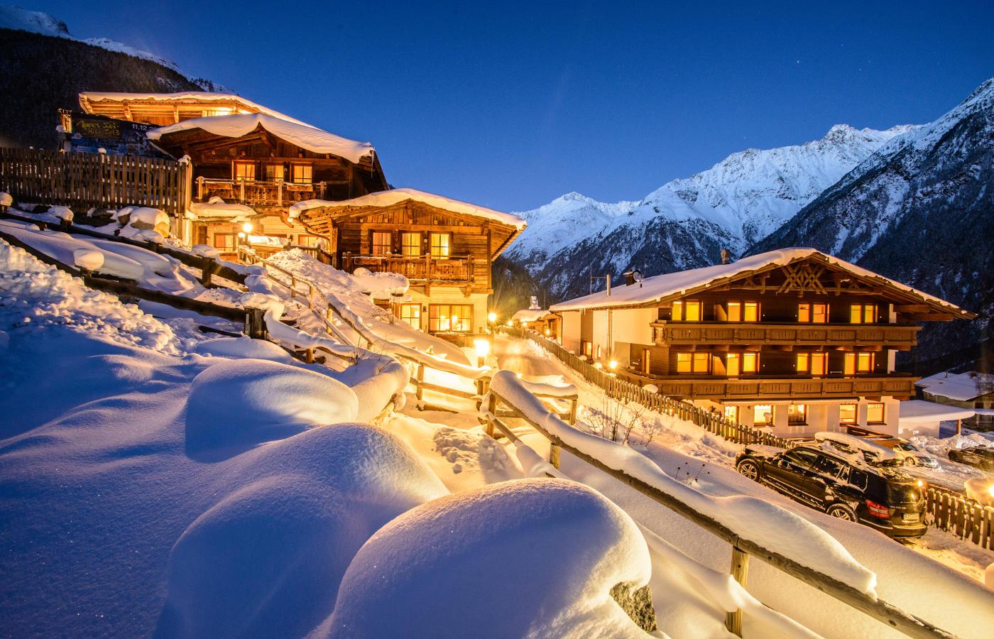 Gr nwald resort s lden l appartements chalets in top lage for Design hotel valentin solden